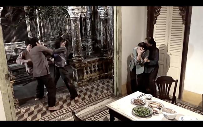 Khán giả hả hê xem Lê Bê La chém nát mặt Cao Thái Hà-6