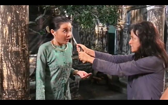 Khán giả hả hê xem Lê Bê La chém nát mặt Cao Thái Hà-8