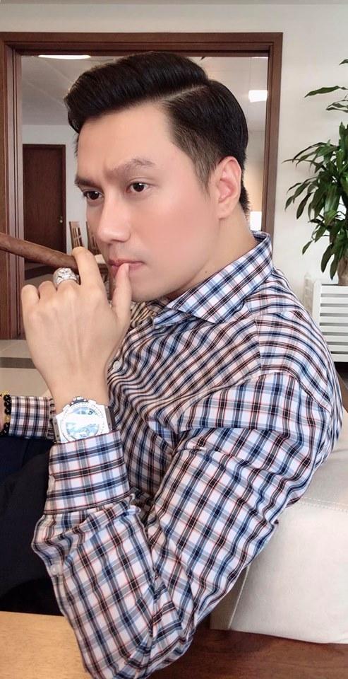 Dung mạo Việt Anh sau dao kéo: Ảnh tự đăng đẹp như soái ca, ảnh bị tag khiến dân mạng hú hồn-1