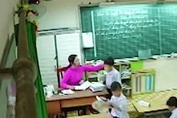 Tranh cãi 'thương cho roi vọt' vụ cô giáo đánh nhiều học sinh ở TP. HCM