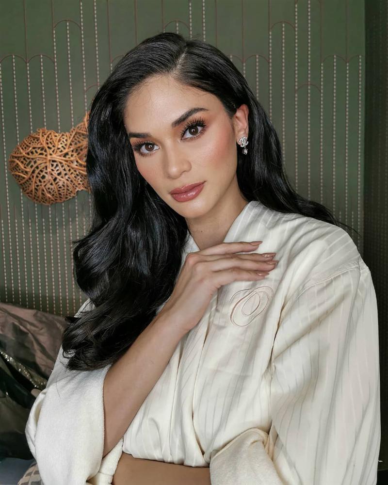 Bản tin Hoa hậu Hoàn vũ 7/10: Đối thủ đã gây sốt trang chủ Miss Universe mà Hoàng Thùy vẫn chưa lộ diện-10