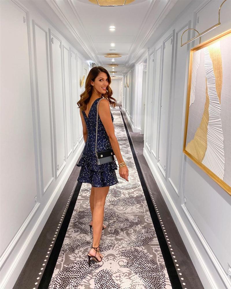 Bản tin Hoa hậu Hoàn vũ 7/10: Đối thủ đã gây sốt trang chủ Miss Universe mà Hoàng Thùy vẫn chưa lộ diện-11