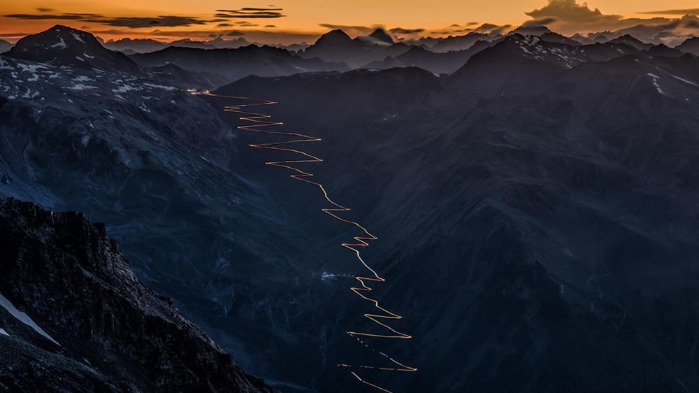 9 cung đường đèo nguy hiểm thế giới, thách thức mọi tay lái-5