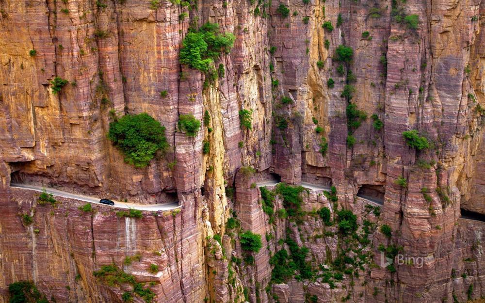 9 cung đường đèo nguy hiểm thế giới, thách thức mọi tay lái-7