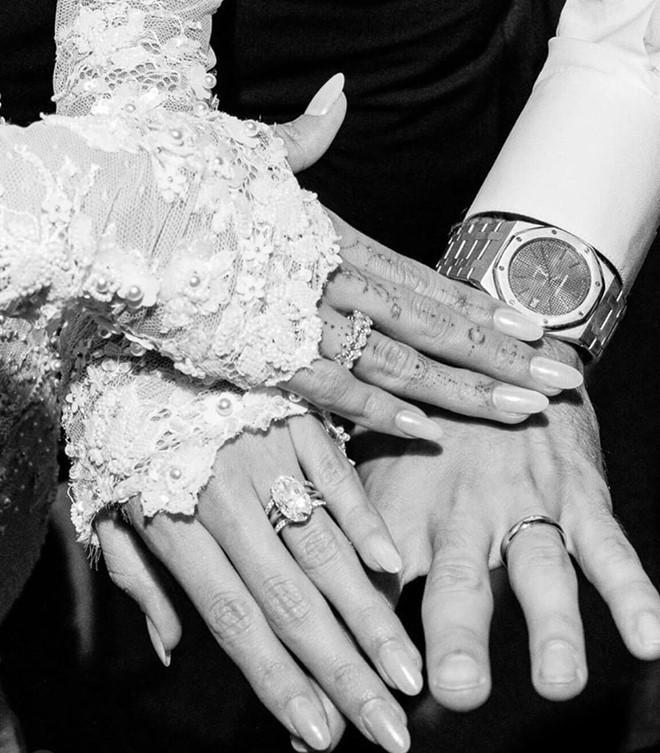 Vợ Justin Bieber khoe ảnh cưới: Cho đến khi cái chết chia lìa đôi ta-5