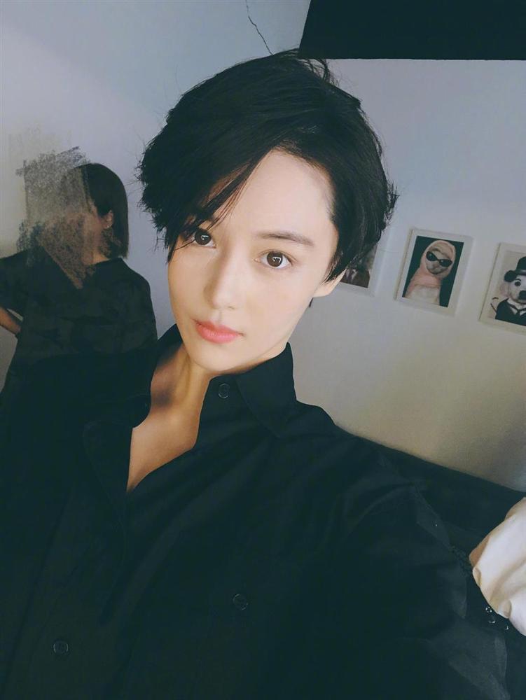Lý Mạc Sầu Trương Hinh Dư cắt tóc ngắn, đẹp trai bất chấp mọi soái ca-7