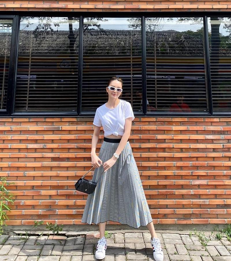 Chi Pu khoe street style chất lừ đến mức Gil Lê cũng phải thả tim sau bao năm cạch mặt-8