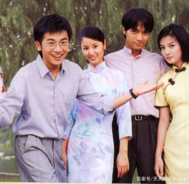 Hình ảnh hậu trường hiếm thấy của bộ phim Tân dòng sông ly biệt-10