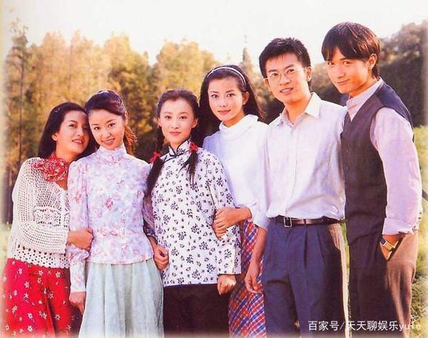 Hình ảnh hậu trường hiếm thấy của bộ phim Tân dòng sông ly biệt-3