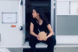 'Mỹ nhân cười đẹp nhất xứ Hàn' Han Hyo Joo khoe nhan sắc không son phấn