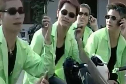 Ban nhạc đặc biệt của Công Lý, Xuân Bắc hát hit 'Ôi tình yêu'