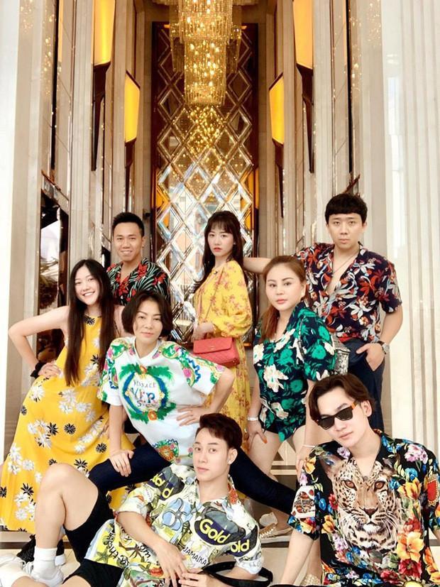 Nhóm bạn thân nhiều ca sĩ, diễn viên nổi tiếng của Trấn Thành-1