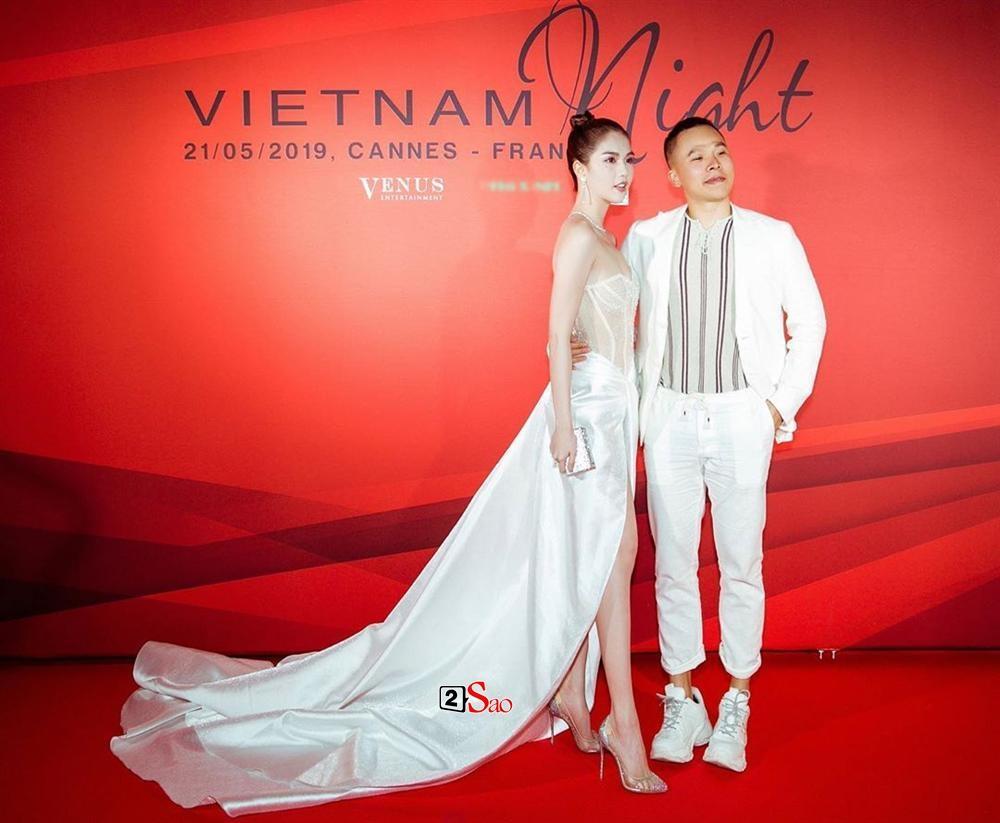 Ngọc Trinh nửa kín nửa hở với corset xuyên thấu quấn khăn, gợi nhớ bộ đồ thị phi từng mặc ở Cannes-8