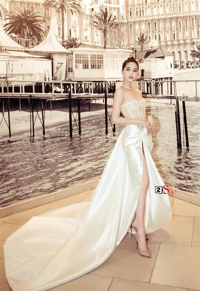 Ngọc Trinh nửa kín nửa hở với corset xuyên thấu quấn khăn, gợi nhớ bộ đồ thị phi từng mặc ở Cannes-10