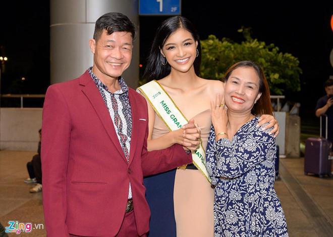 Khách sạn Kiều Loan và thí sinh Hoa hậu Hòa bình ở bốc cháy-2