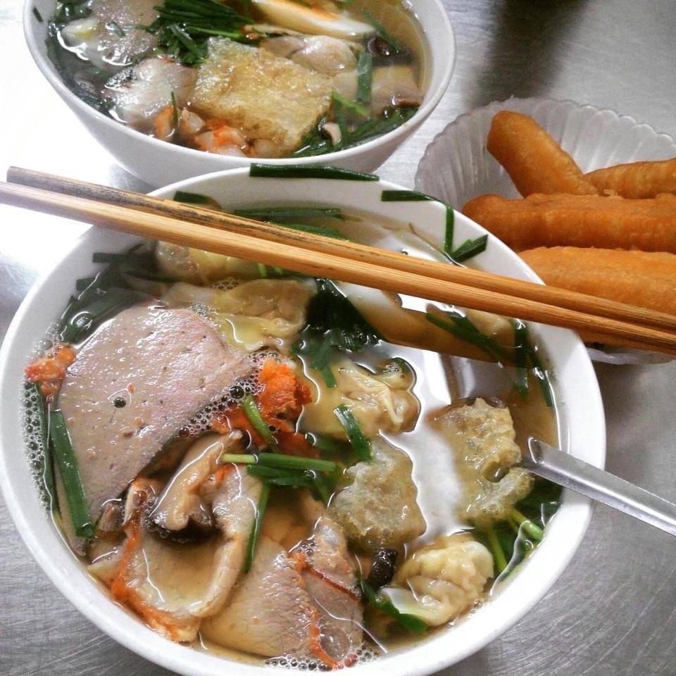 5 địa chỉ ăn mì vằn thắn ngon cho ngày se lạnh ở Hà Nội-3