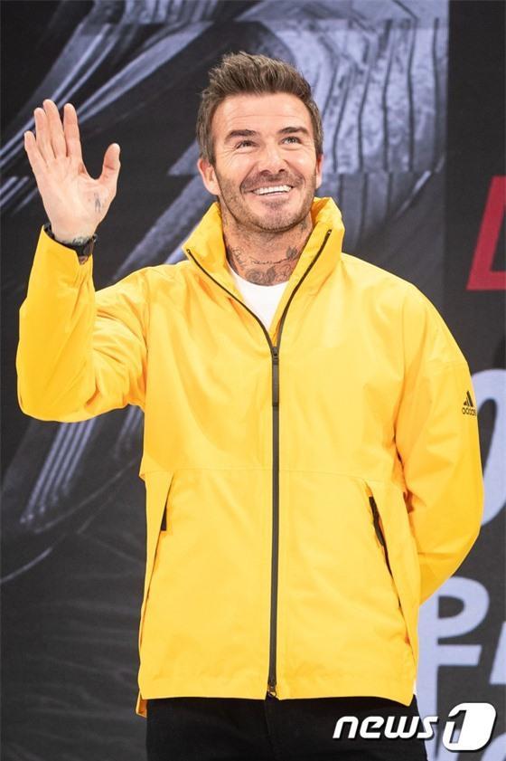 Tranh cãi nảy lửa BLACKPINK đến muộn, bắt David Beckham đợi tận 25 phút nhưng không xin lỗi: Thái độ hay hiểu lầm?-1