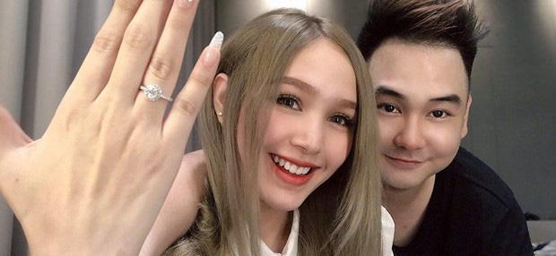 Hé lộ ảnh cưới chụp vội của streamer giàu nhất Việt Nam và bạn gái kém 13 tuổi-2