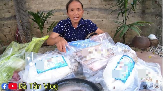 Sao quả tạ lại soi chiếu khi Bà Tân Vlog bị bóc quảng cáo lố ở clip làm món đuôi bò hầm sữa-7