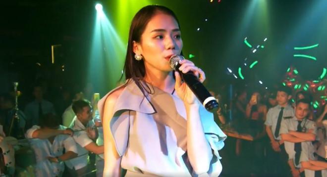Hiện tượng cover Hương Ly lộ video hát live chênh và phô-1