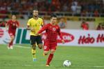 Sau nhiều pha để CĐV 'ăn mừng hụt', Quang Hải đốt cháy sân Mỹ Đình khi ghi bàn vào lưới Malaysia