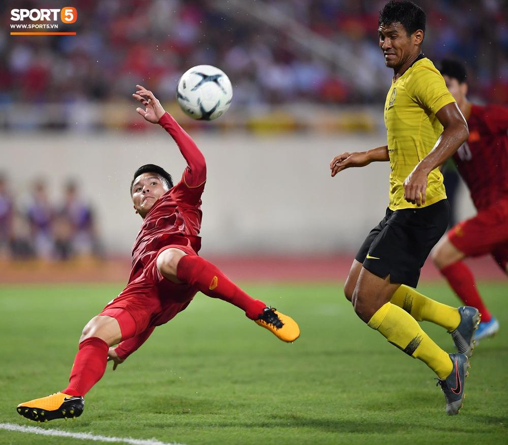 Thua sát nút Việt Nam với tỷ số 1 - 0, HLV Malaysia bỏ họp báo không rõ lý do-2