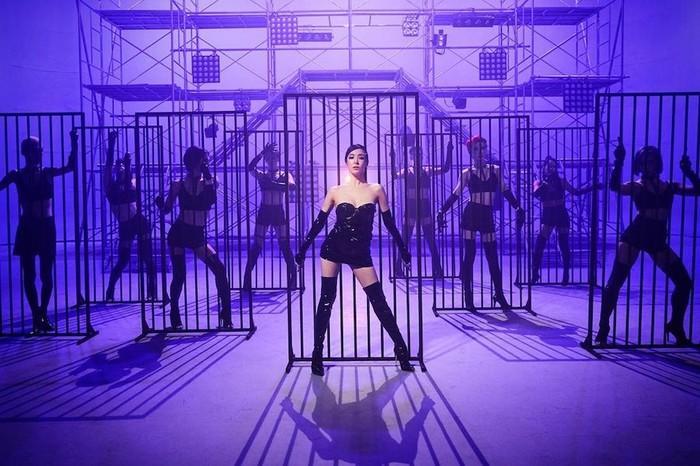 Hình ảnh Tiffany (SNSD) trong MV mới Run For Your Life: Cá tính hay phản cảm?-3