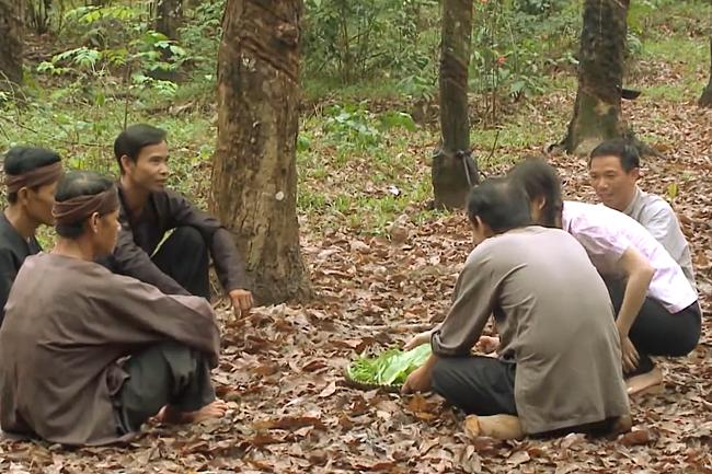 Nhật Kim Anh lên tiếng khi bị chỉ trích nấu ăn sống nhăn nhở trong Tiếng Sét Trong Mưa tập 34-2