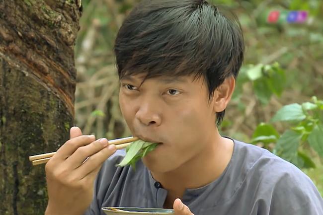 Nhật Kim Anh lên tiếng khi bị chỉ trích nấu ăn sống nhăn nhở trong Tiếng Sét Trong Mưa tập 34-3