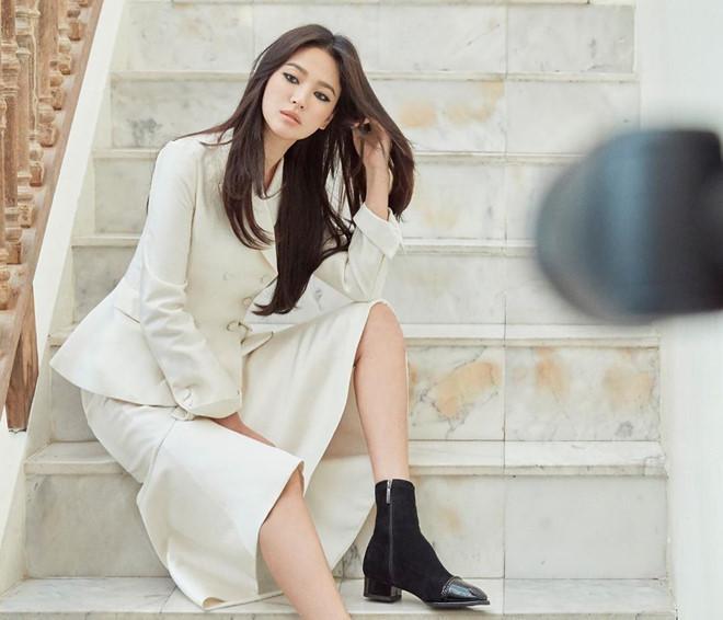 Song Hye Kyo lần đầu xuất hiện ở Hàn Quốc sau khi ly hôn-1