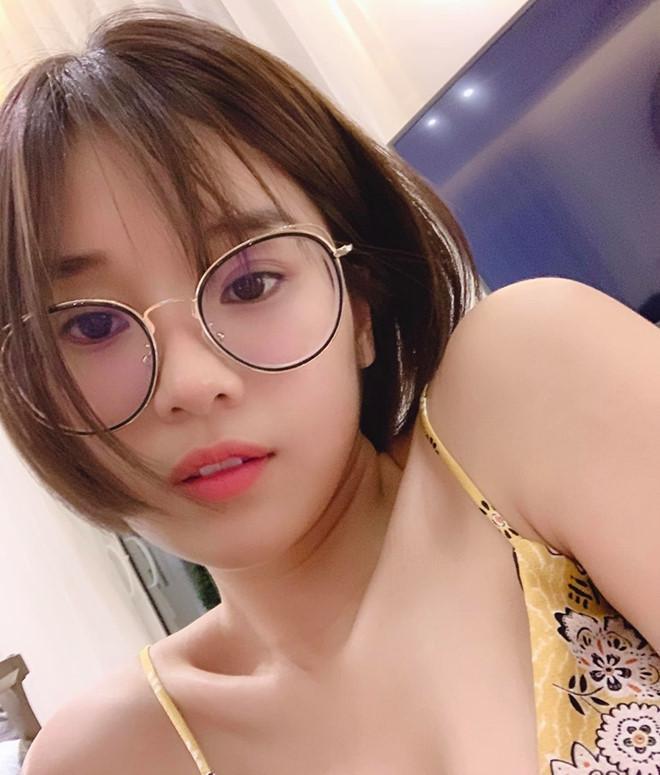 Sắc vóc của 4 sao Việt đóng phim kinh dị gắn mác 18+-5
