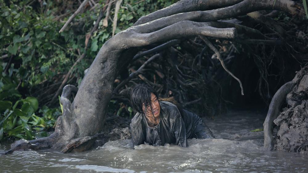 Thất Sơn Tâm Linh: Hoàng Yến Chibi và Quang Tuấn cứu thua cho bộ phim kinh dị bị cắt xén đến rời rạc-3