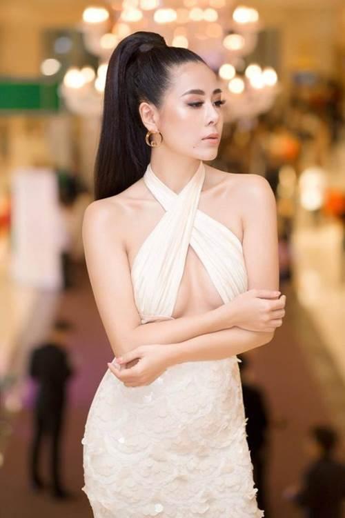Không phải siêu mẫu hay hoa hậu, làng hài Việt vẫn có những mỹ nhân ăn diện cực bốc lửa-2