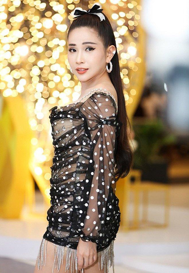 Không phải siêu mẫu hay hoa hậu, làng hài Việt vẫn có những mỹ nhân ăn diện cực bốc lửa-11