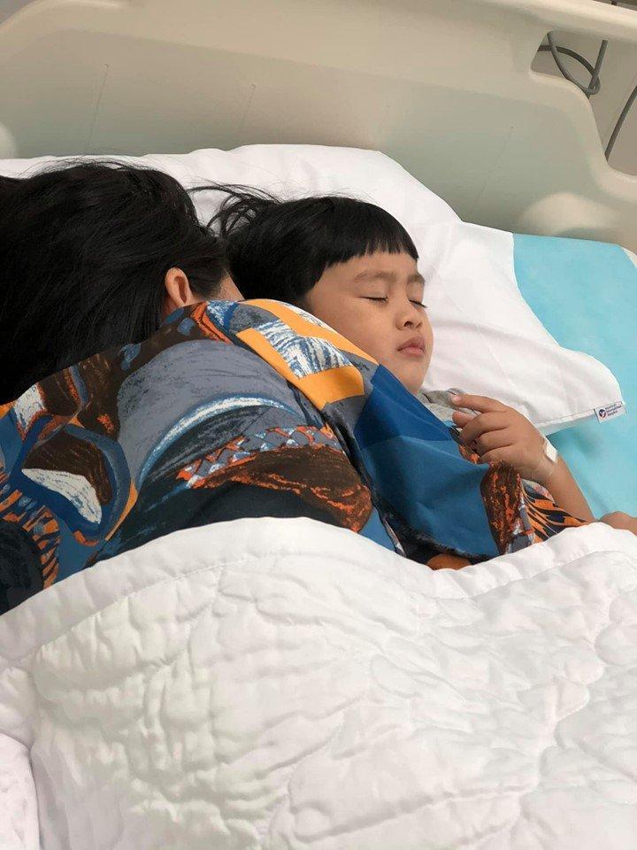 Ngọc Lan một mình vất vả chăm con đau ốm, Thanh Bình có động thái bác bỏ nghi án vô tâm-2