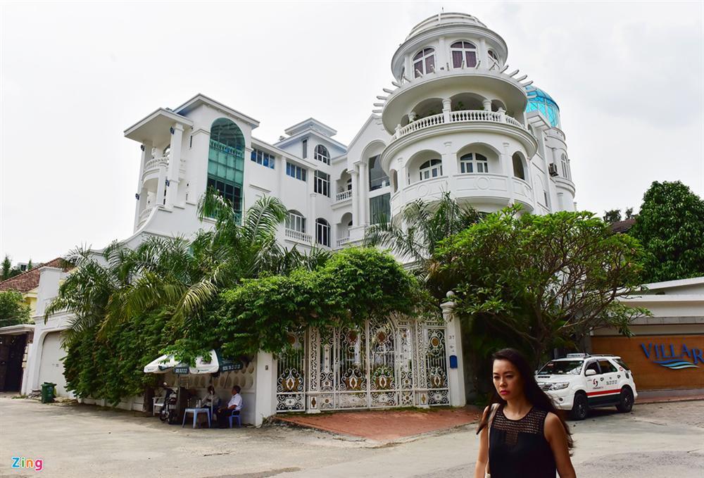 Cơ ngơi nhà Jonathan Hạnh Nguyễn và loạt biệt thự đắt đỏ tại Thảo Điền-16