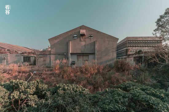 Phim trường cũ TVB bị bỏ hoang: Ngoài ký ức hoàng kim là lời đồn kinh dị cùng cảnh hoang tàn ghê rợn-3