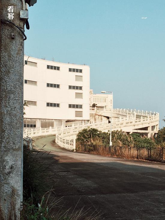 Phim trường cũ TVB bị bỏ hoang: Ngoài ký ức hoàng kim là lời đồn kinh dị cùng cảnh hoang tàn ghê rợn-4