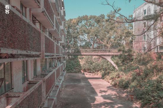 Phim trường cũ TVB bị bỏ hoang: Ngoài ký ức hoàng kim là lời đồn kinh dị cùng cảnh hoang tàn ghê rợn-6