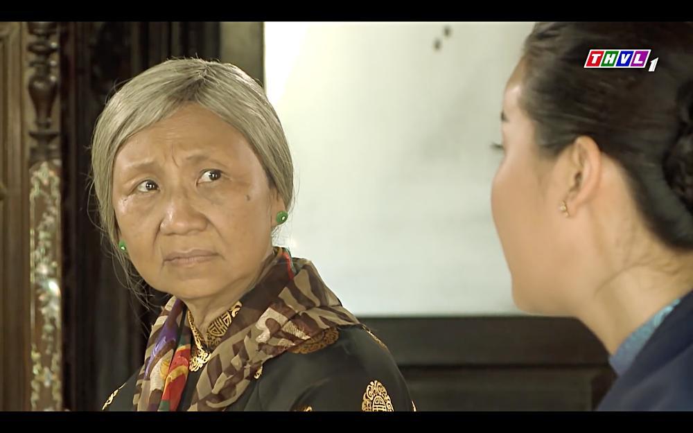 Cao Thái Hà vỗ mặt mẹ chồng chan chát trong tập 35 Tiếng sét trong mưa-7