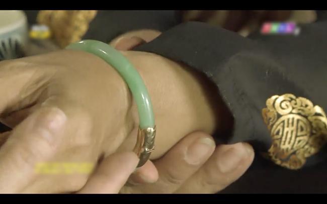 Cao Thái Hà vỗ mặt mẹ chồng chan chát trong tập 35 Tiếng sét trong mưa-9