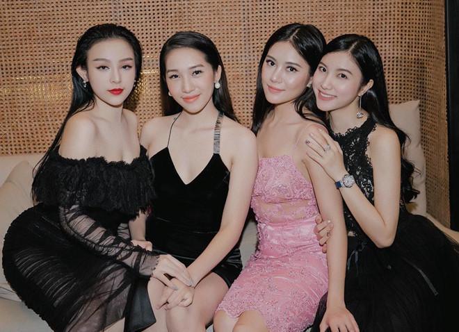 4 nhóm bạn thân gắn bó nhiều năm toàn hot girl đời đầu nổi tiếng-2