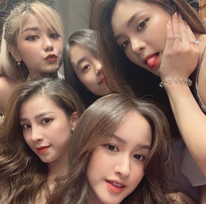 4 nhóm bạn thân gắn bó nhiều năm toàn hot girl đời đầu nổi tiếng-9