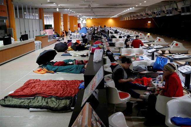 Siêu bão Hagibis chính thức đổ bộ vào Nhật Bản, khiến ít nhất 1 người chết, 33 người bị thương, dự kiến xả đập khiến nguy cơ lũ lụt trên diện rộng-3