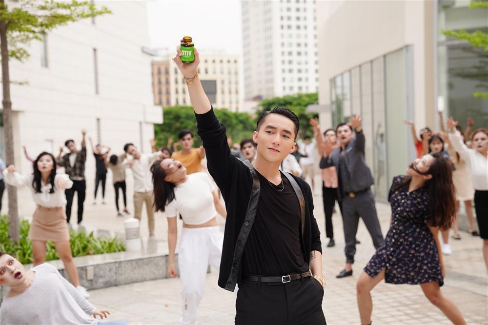 Sơn Tùng M-TP - Nam ca sĩ có nhiều fan là nghệ sĩ-4
