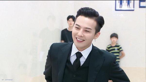 G-Dragon bảnh bao dự đám cưới chị gái và những lần chàng thơ Chanel khiến triệu cô gái đổ gục với suit-6