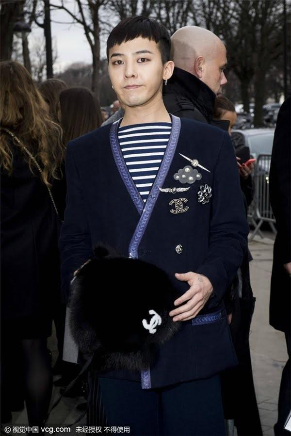 G-Dragon bảnh bao dự đám cưới chị gái và những lần chàng thơ Chanel khiến triệu cô gái đổ gục với suit-7