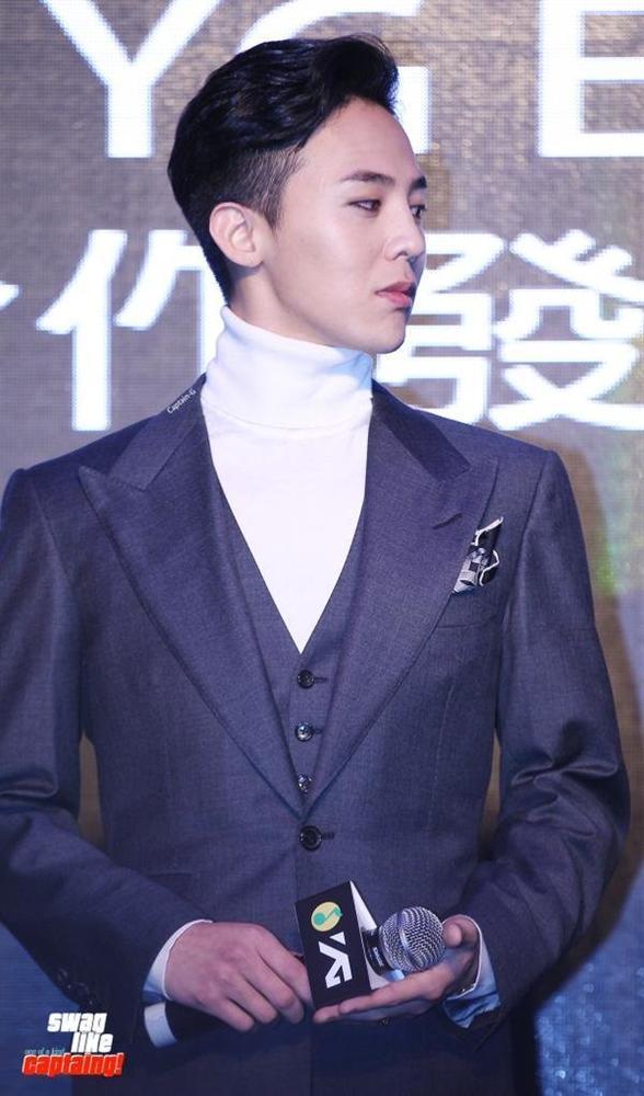 G-Dragon bảnh bao dự đám cưới chị gái và những lần chàng thơ Chanel khiến triệu cô gái đổ gục với suit-8