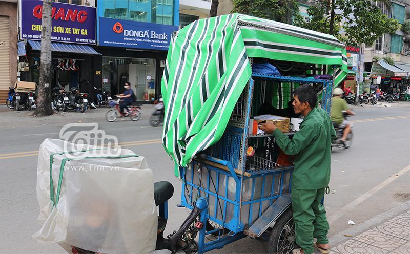 Người cha già nhặt nhạnh từng chiếc ve chai, cưu mang đàn con tật nguyền giữa Sài Gòn hoa lệ-5