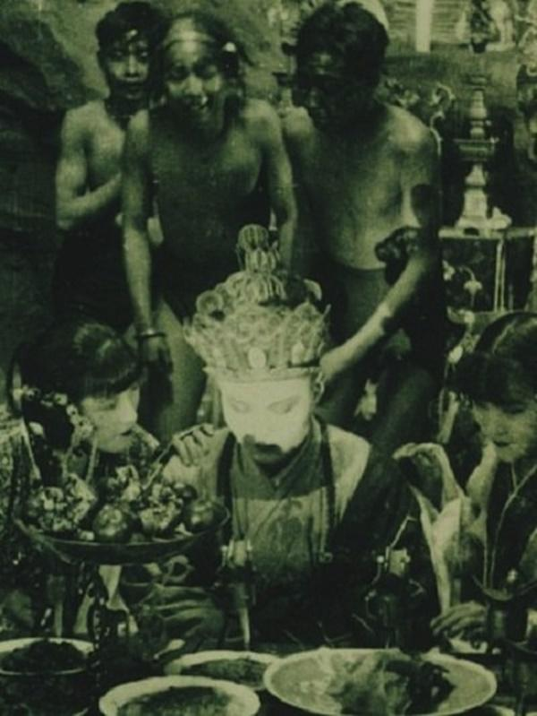Bất ngờ với Tây Du Ký từ năm 1927: Trang phục hở hang, hoá trang như phim kinh dị-2